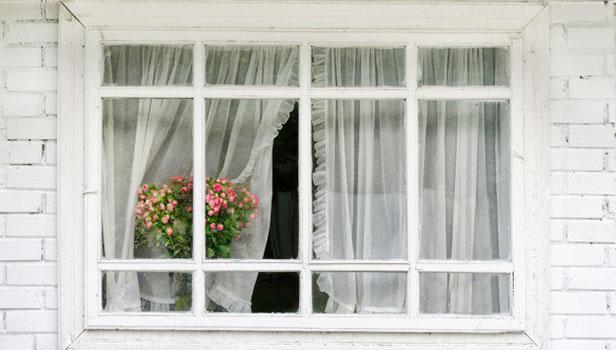 ٤ دلیل برای اینکه چرا باید در و پنجره قدیمی خانهتان را با پنجرههای upvc عوض